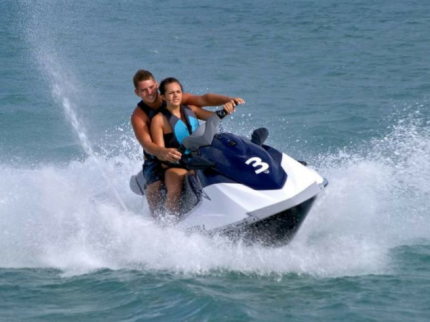 Honolulu Jet Ski Ride & Parasail Adventure Tour Combo